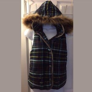 BB DAKOTA Fur Trimmed Hood Plaid Vest Jacket Coat